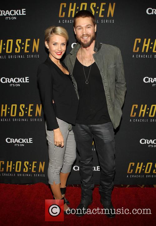Nicky Whelan and Chad Michael Murray 5