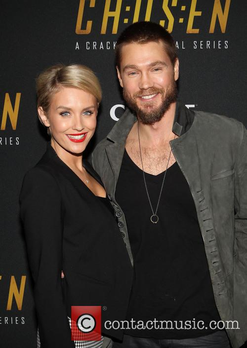 Nicky Whelan and Chad Michael Murray 11