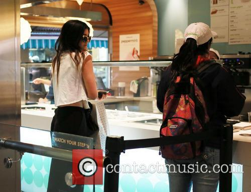 Kylie and Kendall Jenner Get Ice Cream