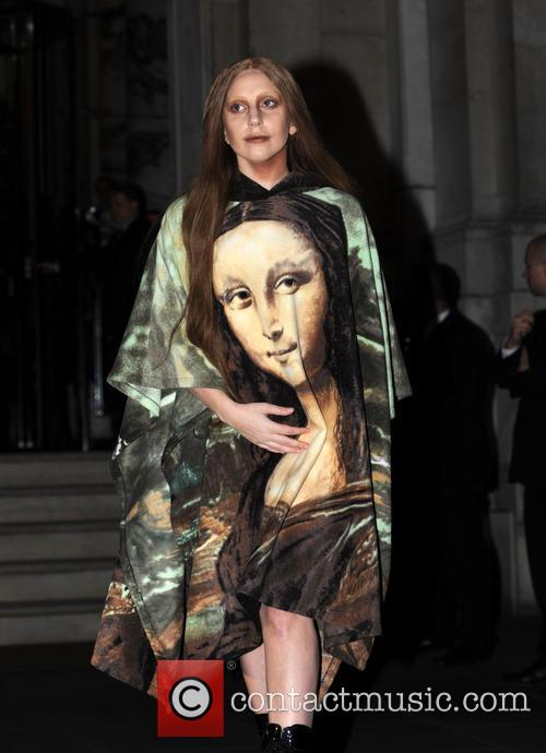 Lady Gaga in Mona Lisa dress