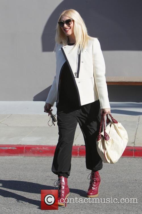 Gwen Stefani 22