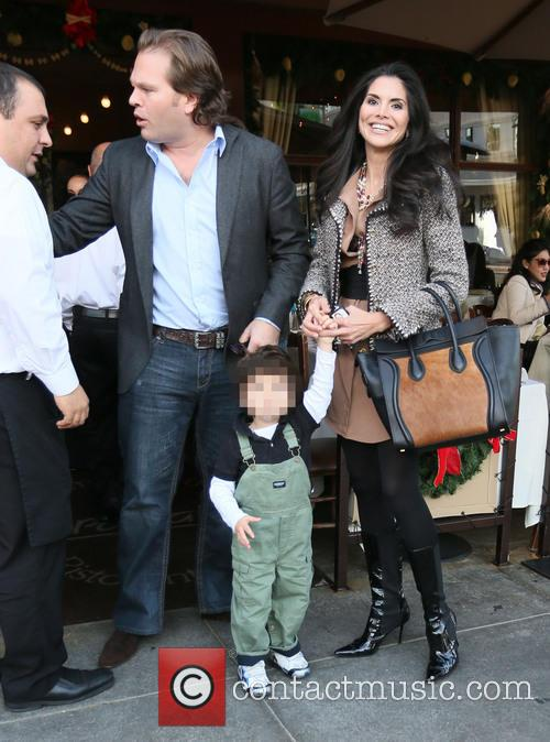 Joyce Giraud, Michael Ohoven and Valentino Ohoven 4