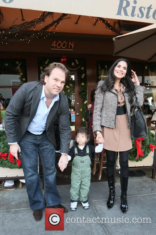 Joyce Giraud, Michael Ohoven and Valentino Ohoven 7