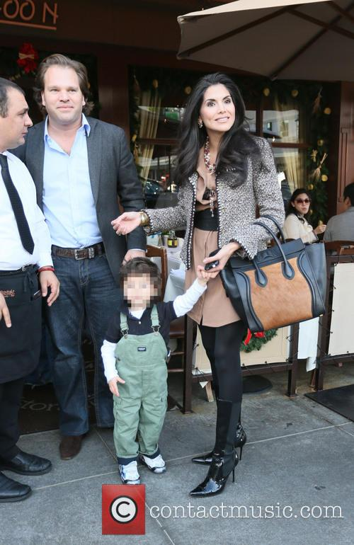Joyce Giraud, Michael Ohoven and Valentino Ohoven 8