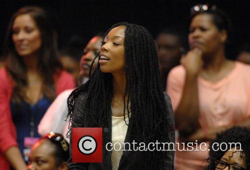 Brandy Norwood and Sonja Norwood 10