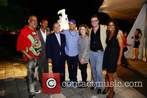 Danny Simmons, Victor Matthews, Jeff Berkowitz, Russell Simmons, Deborah Spiegelman, Aaron Glickman and Tangie Murray 2