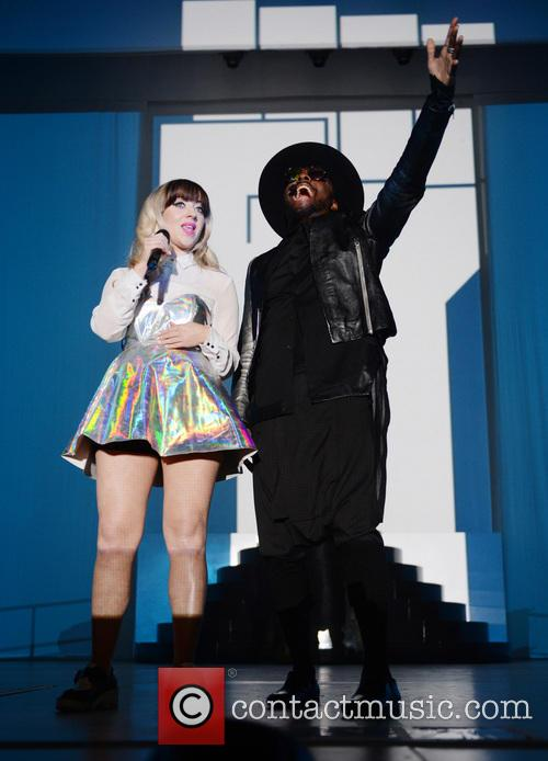 Leah Mcfall and Will.i.am 5
