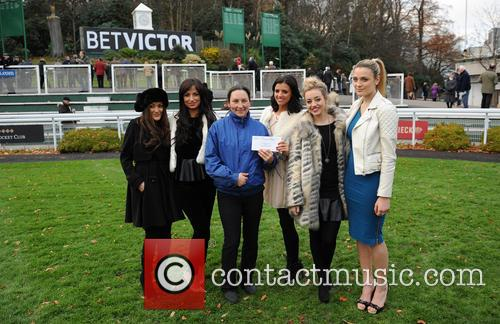 Chantelle Houghton, Lucy Mecklenburgh and Sandown Park 3