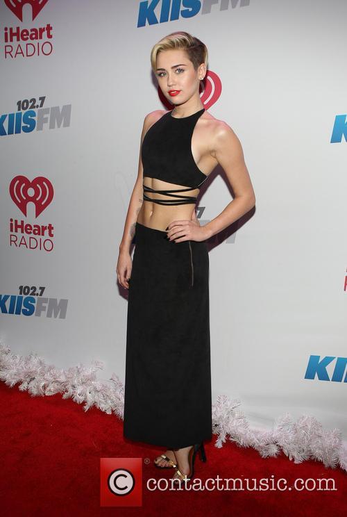 Miley Cyrus, Staples Center