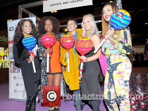 Stooshe and Annaliese Dayes 8