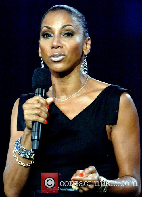 Holly Robinson-peete 6