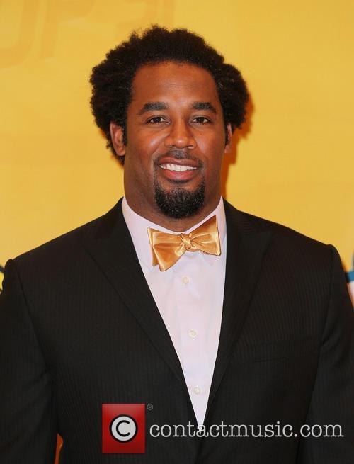 Dhani Jones