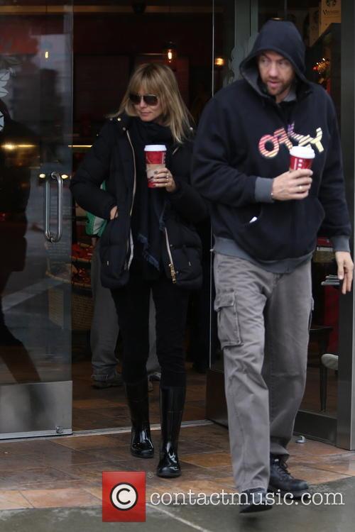 Heidi Klum grabs a coffee in Brentwood