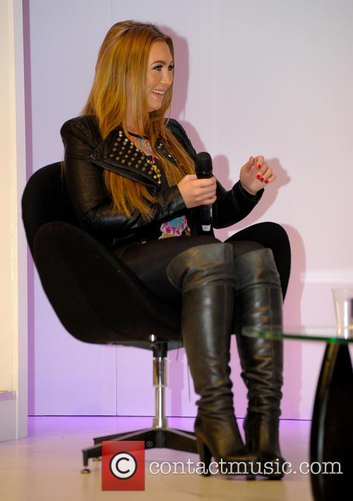 Lauren Goodger 4