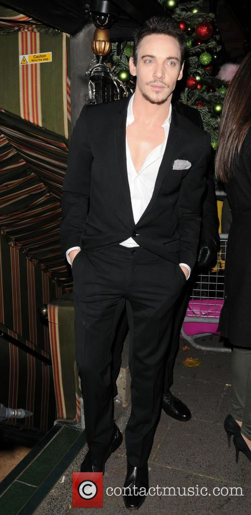 Jonathan Rhys Meyers 4