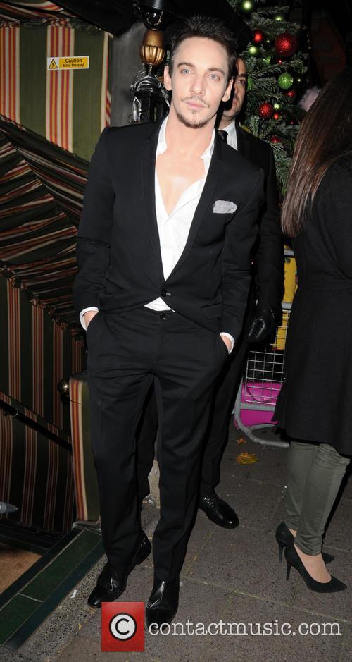 Jonathan Rhys Meyers 7
