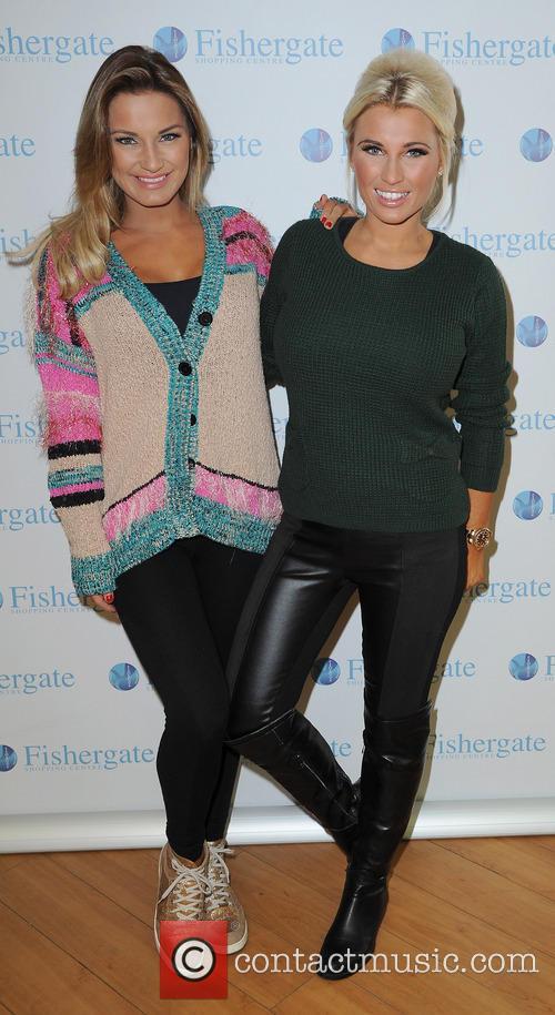 Samantha Faiers and Billie Faiers 7