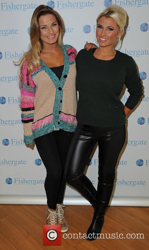 Samantha Faiers and Billie Faiers 10