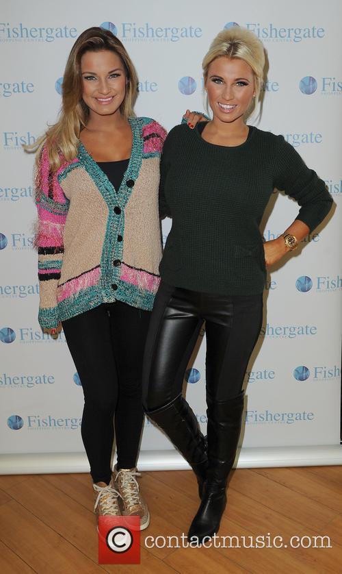 Samantha Faiers and Billie Faiers 11