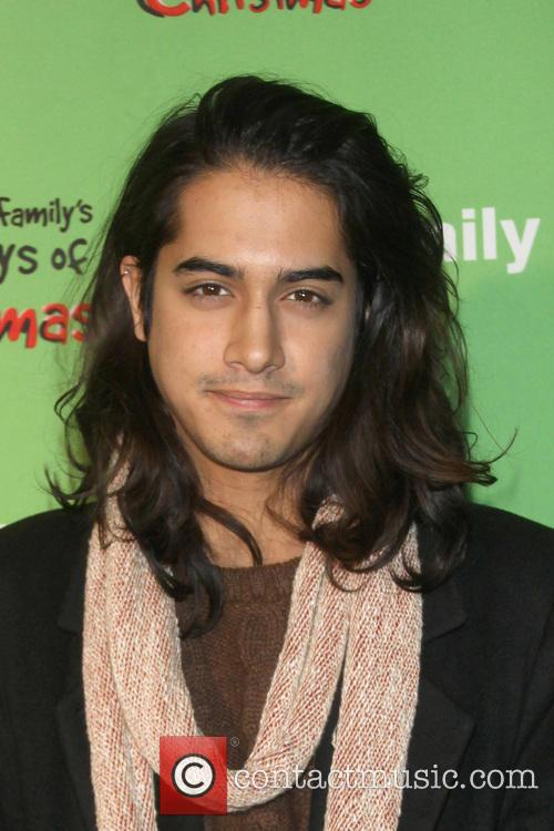 avan jogia 25 days of christmas winter 3988959