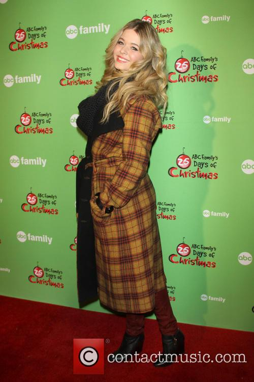 sasha pieterse 25 days of christmas winter 3988944