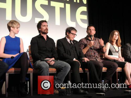 Jennifer Lawrence, Christian Bale, David O. Russell, Bradley Cooper and Amy Adams 4