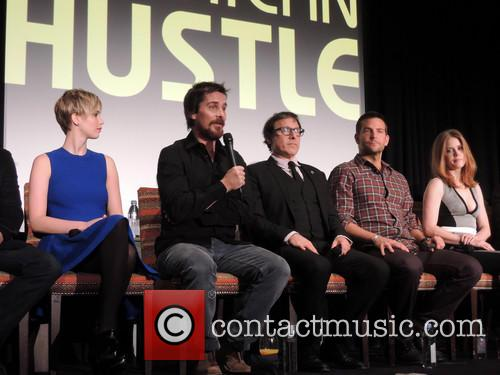 Jennifer Lawrence, Christian Bale, David O. Russell, Bradley Cooper and Amy Adams 1