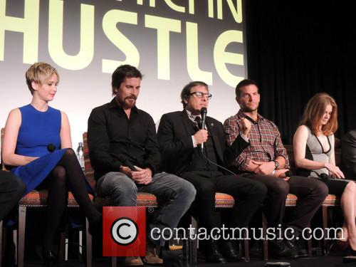Jennifer Lawrence, Christian Bale, David O. Russell, Bradley Cooper and Amy Adams 8