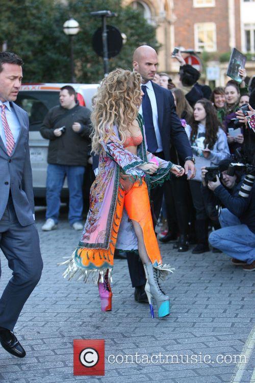 Lady Gaga 25
