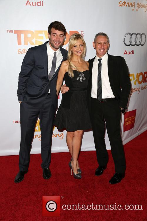 James Wolk, Sarah Michelle Gellar and Adam Shankman 3