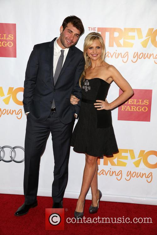 James Wolk and Sarah Michelle Gellar 2