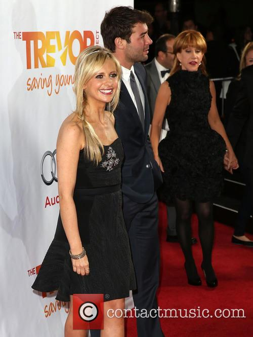 Sarah Michelle Gellar and James Wolk 1
