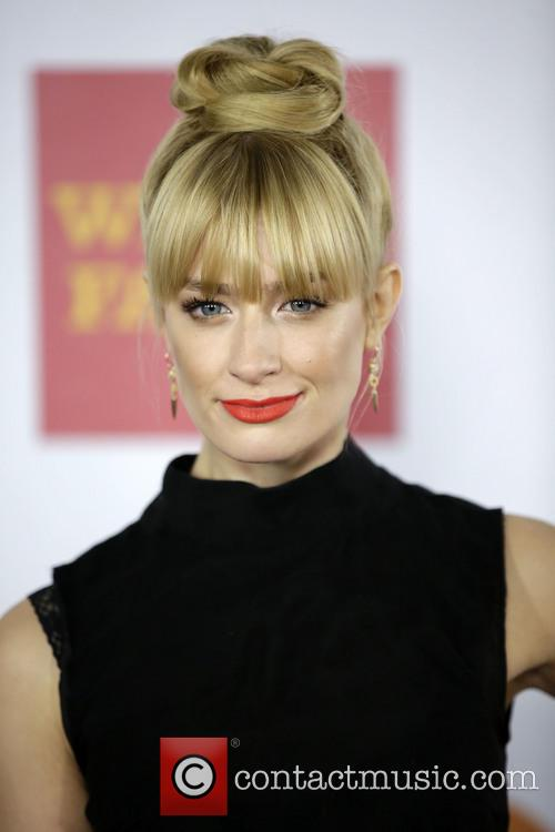 Beth Behrs 4