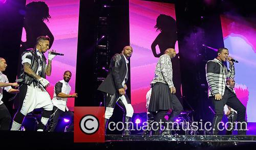 jb gill ortise wiliams marvin humes aston merrygold jls performing 3990583