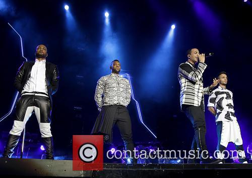 jb gill ortise wiliams marvin humes aston merrygold jls performing 3990588