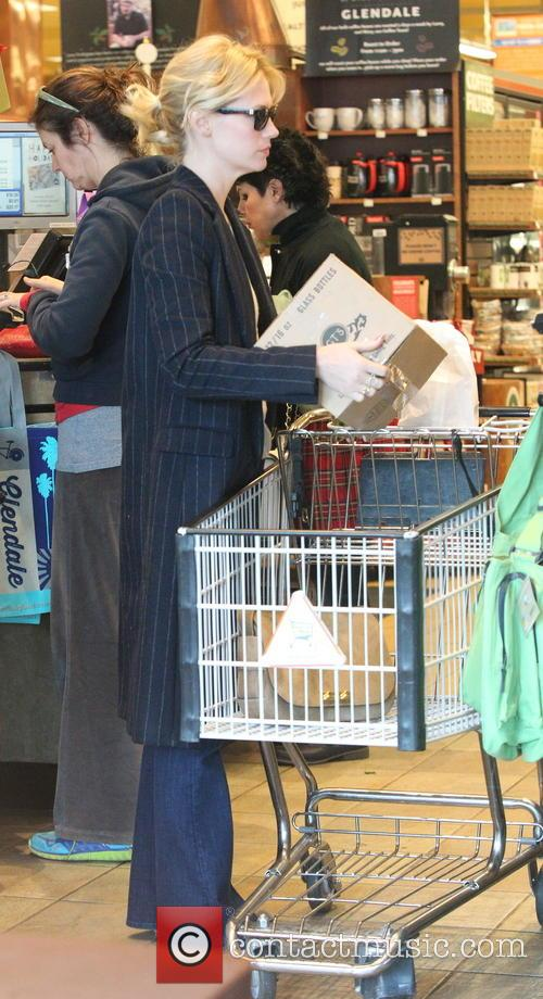 January Jones shopping for groceries at Whole Foods Market