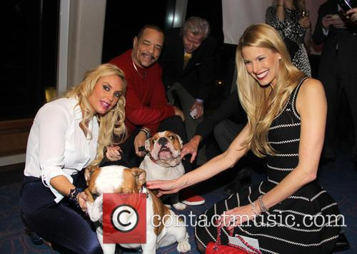 Ice-t, Coco Austin, Beth Stern, Spartacus and Maximus 8