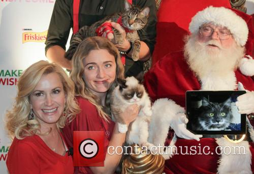 Angela Kinsey and Grumpy Cat 2