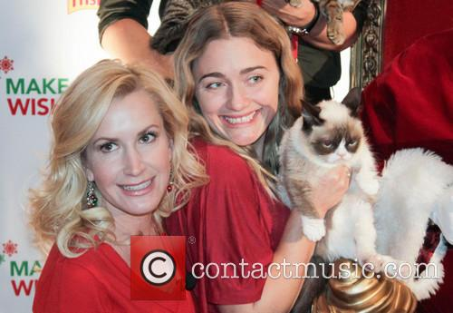 Angela Kinsey and Grumpy Cat 3