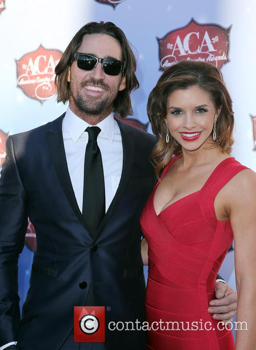 Jake Owen and Lacey Owen 1