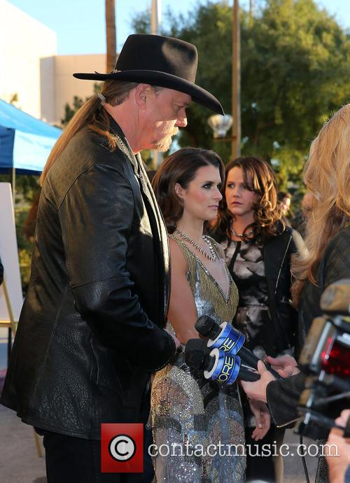 trace adkins danica patrick 2013 american country awards 3993136