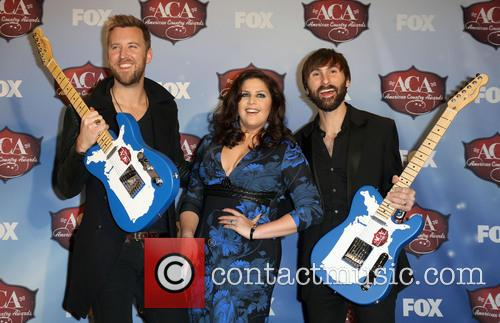 Charles Kelley, Dave Haywood and Hillary Scott 8