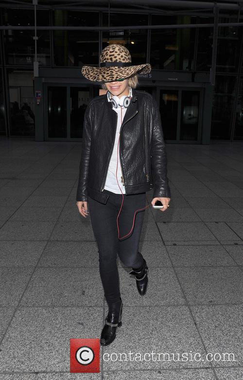 rita ora rita ora arrives at heathrow 3993326