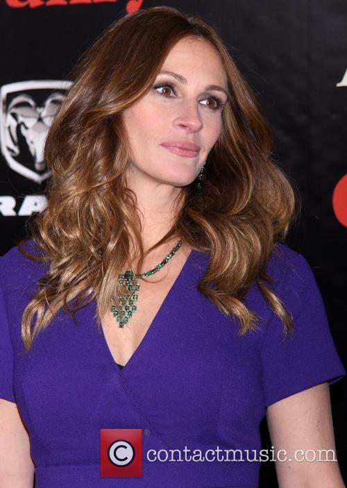 Julia Roberts and Diamond Wilfredo Rosado Necklace 2