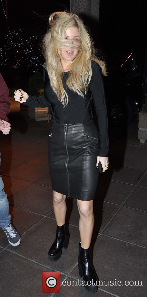 ellie goulding celebrities appearing on the late 3997838