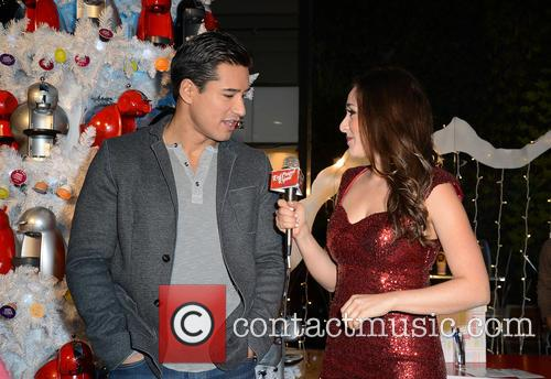 Mario Lopez and Danielle Robay 8