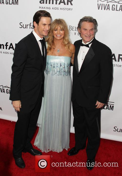 Goldie Hawn, Kurt Russell and Oliver Hudson 1