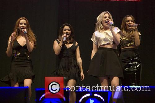 The Saturdays, Una Foden, Rochelle Humes, Mollie King and Vanessa White 1