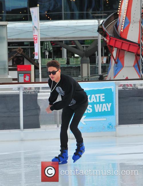 joey essex joey essex ice skates at 3998333
