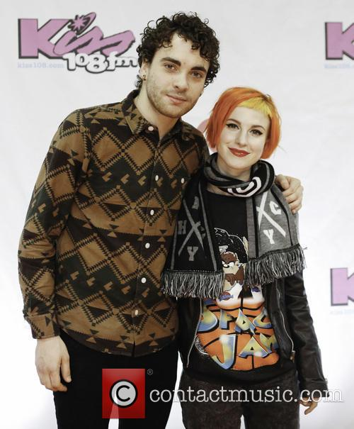 Taylor York and Hayley Williams 1